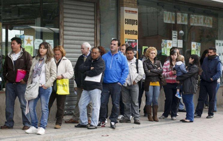 Tras el apagón informativo, el INDEC confirmó una desocupación del 9,3%