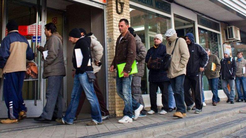 El INDEC brindó los primeros datos de desempleo de la gestión macrista.