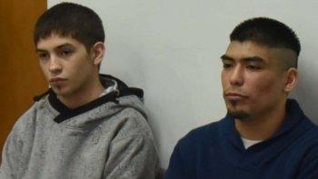 En la Cámara del Crimen de Caleta Olivia comenzaron a ser juzgados Edgard Ezequiel Verón, de 19 años, y Brian Alexis Barría, de 22, por la muerte del adolescente Jorge Muñoz hace más de un año.