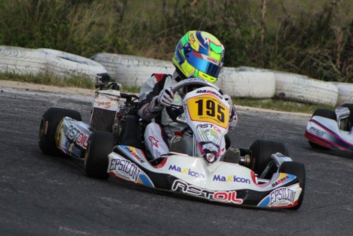 Lorenzo Astiz se ubica tercero en el campeonato de la Copa Rotax de kárting.