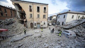 La mitad de una ciudad quedó destruida