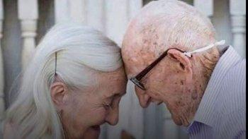 festejaron 65 anos juntos con una romantica sesion de fotos