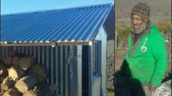 Le construyeron una casa después de 29 años viviendo al costado de la ruta