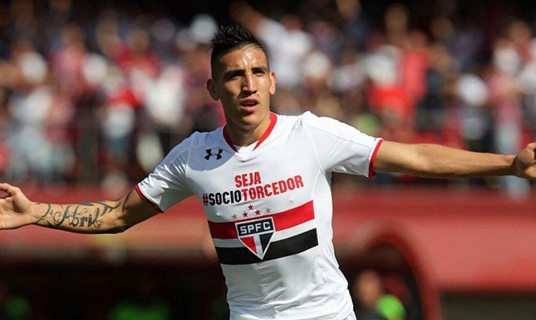 Ricardo Centurión llegó a Boca procedente del San Pablo de Brasil.