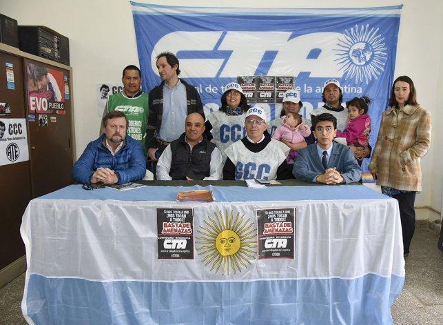 Los integrantes de los diferentes gremios que conforman la CTA Autónoma respaldaron a Marcelo Barab y dijeron que se movilizarán.