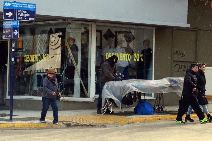 Hay 45 vendedores ambulantes habilitados para trabajar en el centro