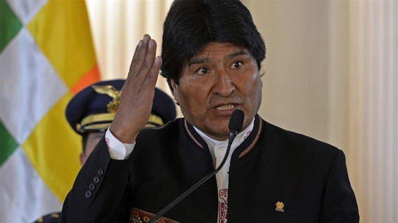 Morales arremetió contra la oposición y la derecha en Bolivia.