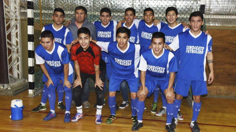 Sindicato Petrolero es uno de los equipos que participa en el torneo Clausura de la Asociación Promocional.