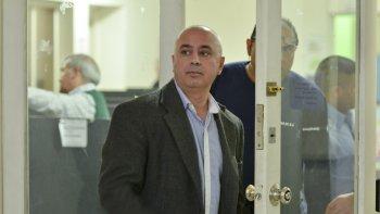 El comisario Alejandro Pulley ahora busca desempeñarse como comerciante al encontrarse suspendido dentro de la policía.