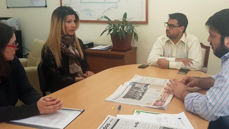 El subsecretario de Relaciones Institucionales de la provincia recibió a Jessica Millamán.