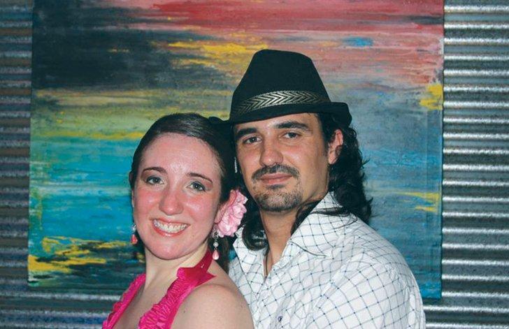 Domingo Expósito Moreno y su novia Carolina Gayá.