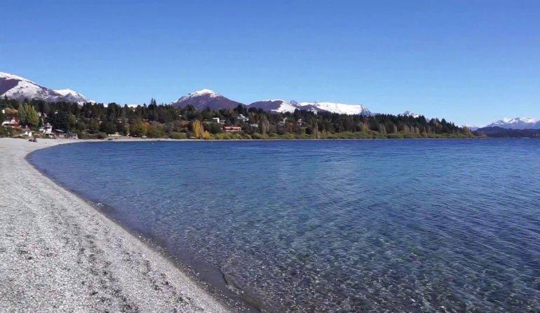 Playa Bonita le hace honor a su nombre y es un buen lugar para alquilar temporariamente una cabaña.