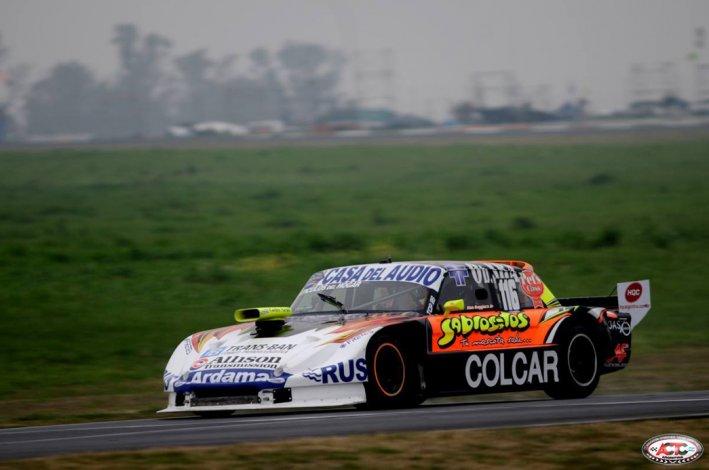 El Ford de Alan Ruggiero que ayer fue el más veloz en el autódromo de Paraná.