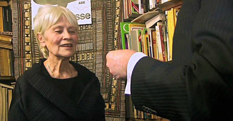Catherine Domain durante diez años viajo como una nómada alrededor del mundo y ahora comparte sus experiencias en su librería.