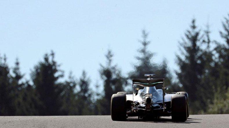 Nico Rosberg se quedó ayer con la decimotercera fecha del campeonato mundial de Fórmula 1 que se corrió en Bélgica.