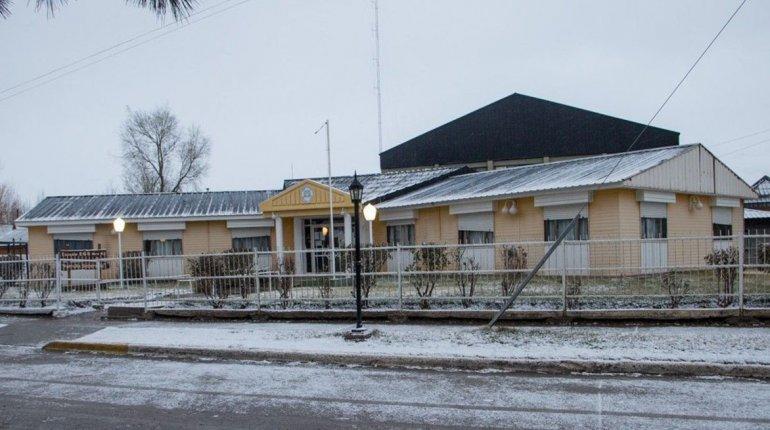 Los chicos de Lago Posadas retomaron las clases luego de tres meses de suspensión por paros docentes y problemas edilicios.