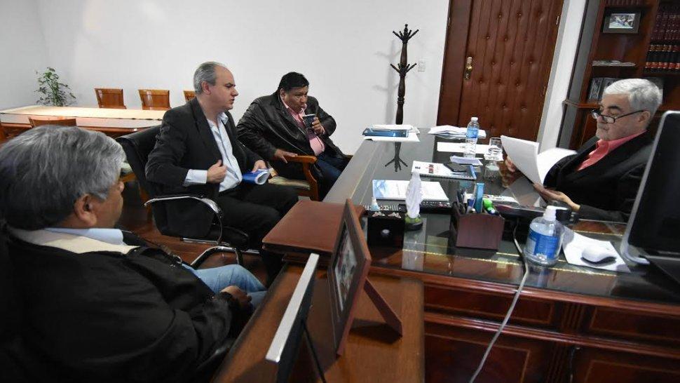 Das Neves se reunió con el titular de Petrominera