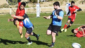 El rugby tampoco se detiene porque este fin de semana dará comienzo el torneo Copa Roby Avila que se jugará en la modalidad de Super 7.