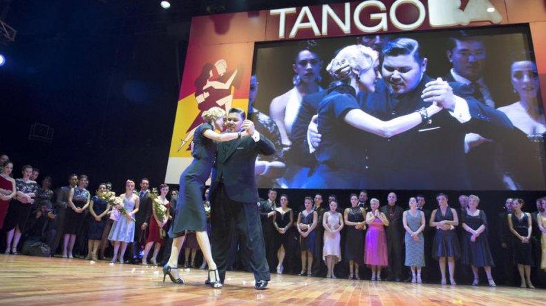 Los campeones mundiales de tango son argentinos