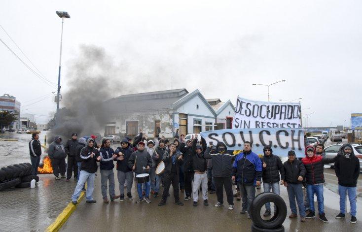 Durante 17 días el Sindicato de Obreros Unidos de la Construcción de Chubut se manifestó en la Ruta Nacional 3.