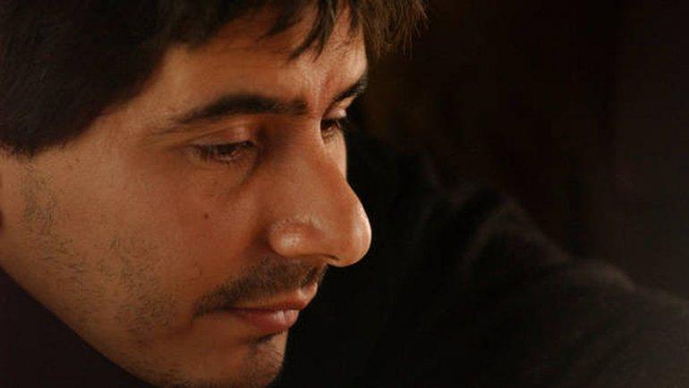 Músico de Callejeros pide prisión domiciliaria para estar con su hijo autista
