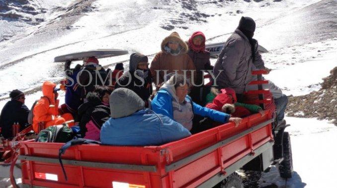 En Jujuy una tormenta de nieve los sorprendió y los dejó varados 36 horas
