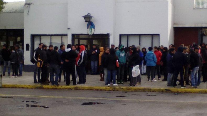 Desactivaron la toma por sectores en el municipio de Caleta Olivia