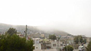 por la niebla piden transitar con precaucion