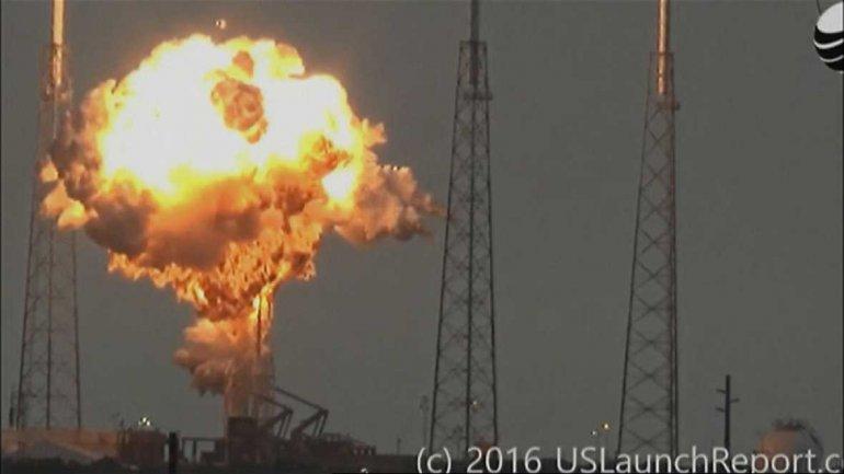 La dramática explosión del cohete de SpaceX