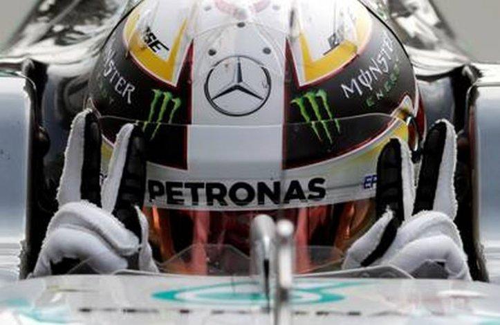 Hamilton superó a su compañero Roseberg en la clasificación