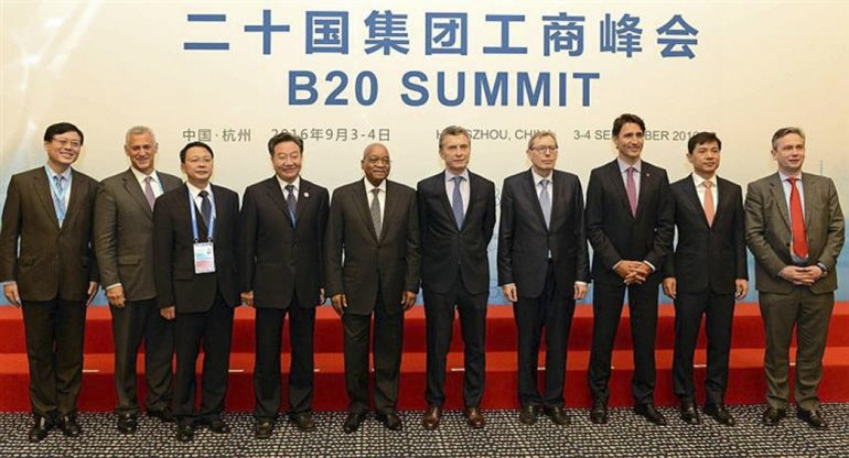 Macri expuso en la apertura de la cumbre de negocios.