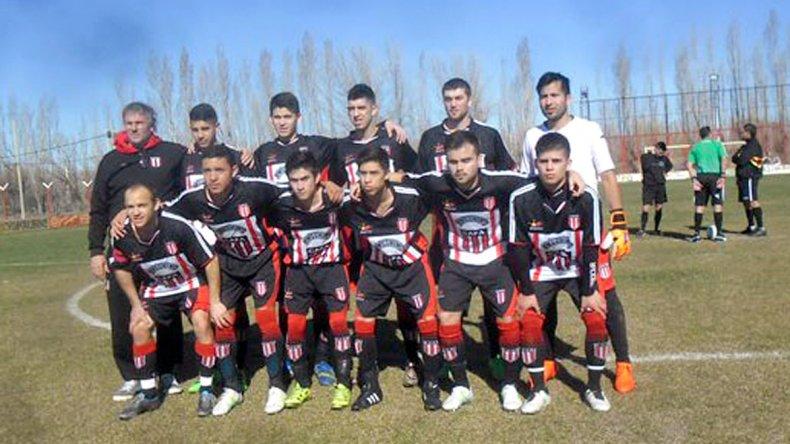 Ameghino festejó y es el nuevo puntero del torneo Final A de Comodoro Rivadavia.
