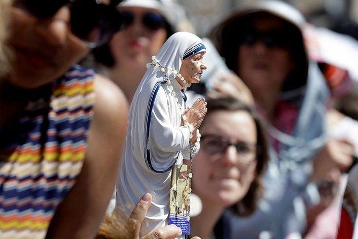 La madre Teresa de Calcuta fue proclamada Santa
