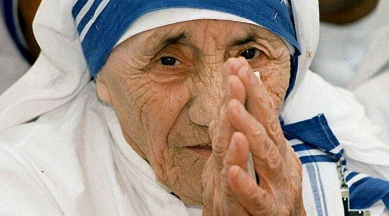 Una multitud acompañó la canonización de Madre Teresa