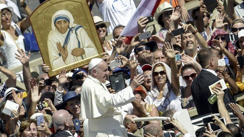 La multitudinaria ceremonia de canonización de la madre Teresa de Calcuta.