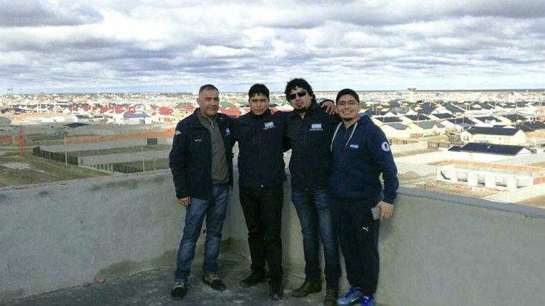 Miembros de comisión directiva y cuerpo de delegados del Sindicato Petrolero de Santa Cruz visitaron el avance de obra de la sede de Pico Truncado.