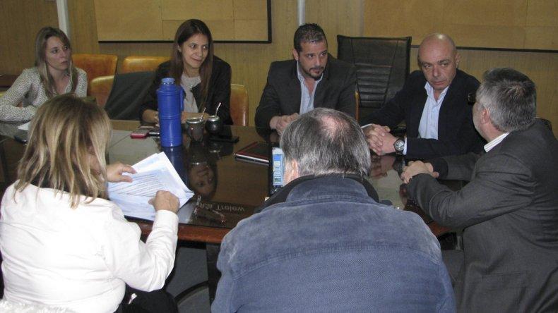 El ministro chubutense de Salid Leandro González recibió al coordinador del Programa Sumar
