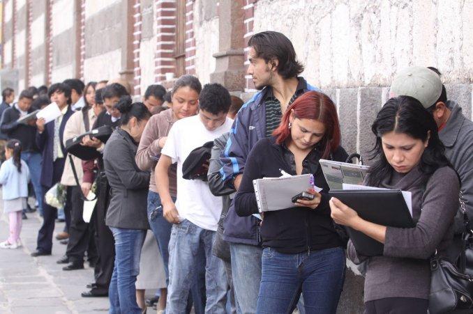 Diputados comienza a discutir la ley de empleo joven y se espera un duro debate