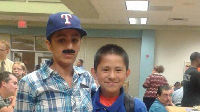 Se vistió de hombre para poder asistir al colegio de su hijo