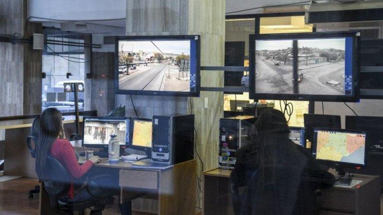 Legislatura: Williams reconoció la escasez de policías y cámaras de vigilancia en Comodoro