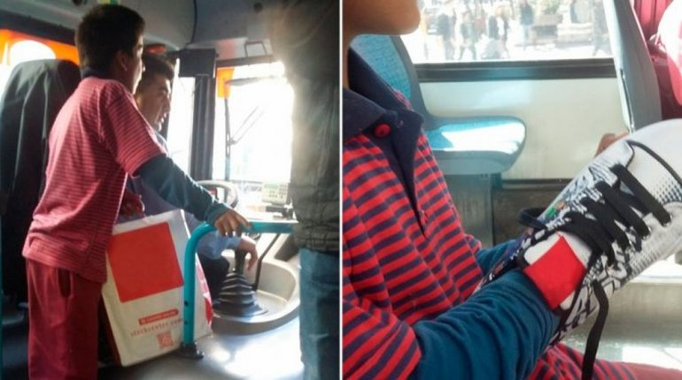 El gesto de un chofer: le regaló un par de zapatillas a un nene