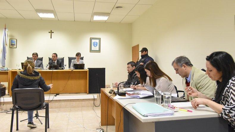 En la audiencia de ayer se supo que Sergio Solís seguía casado mientras mantenía su relación con Nadia Kesen.