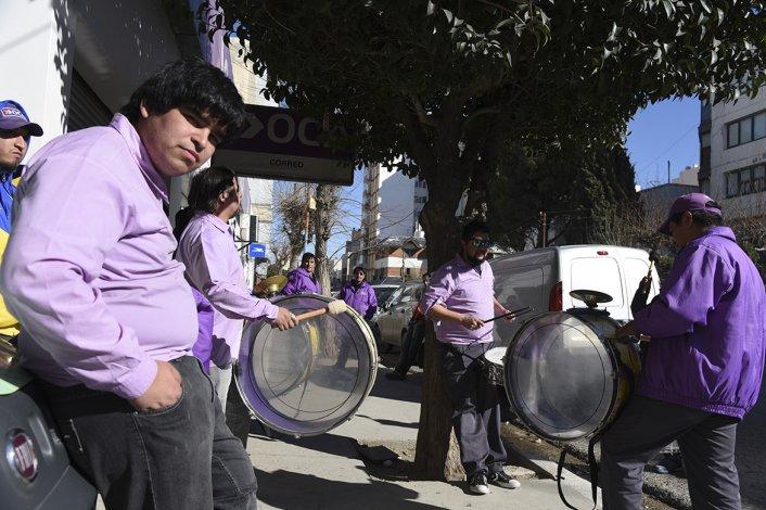 Empleados de OCA iniciaron una retención de servicios en todo el país. Comodoro Rivadavia fue una de las ciudades en las que la atención fue suspendida.