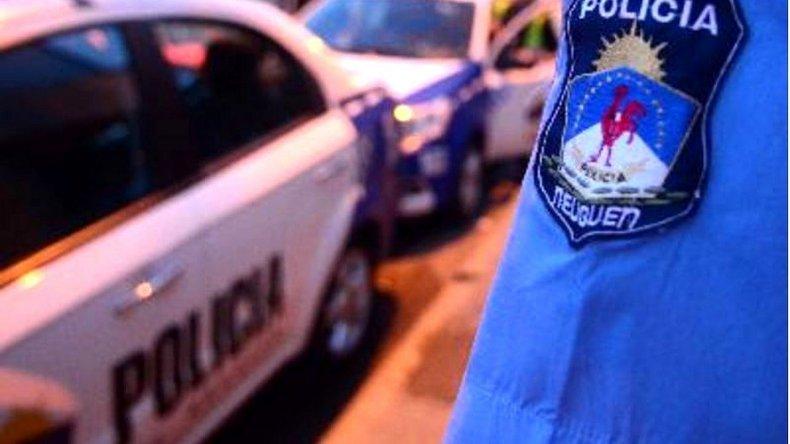 Una aspirante a policía usó una faja y ocultó su embarazo de 8 meses