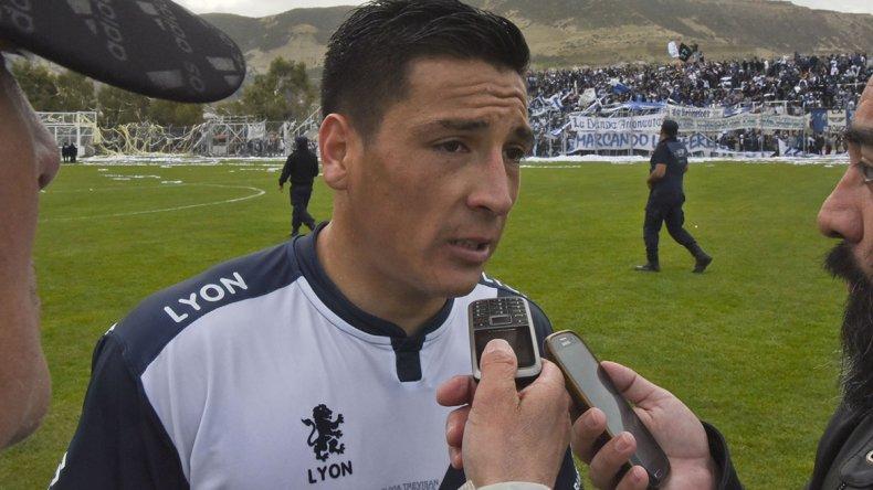 José Loncón ponderó el esfuerzo que realizaron los jugadores de Newbery en el clásico de ayer.