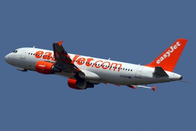 El grito de un inmigrante que causó pánico en pleno vuelo