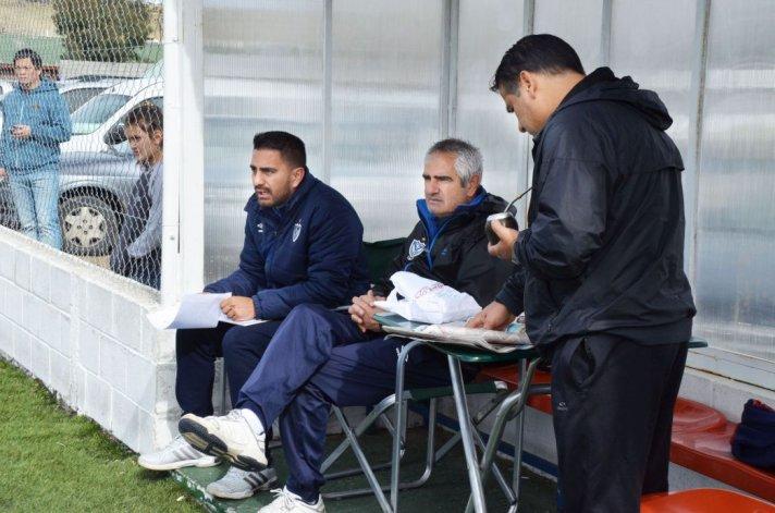 Vélez prueba jugadores en Comodoro