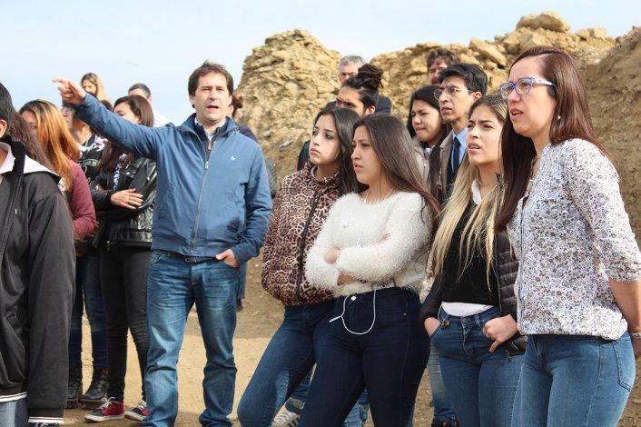 Sesenta estudiantes secundarios participaron del recorrido por la planta.