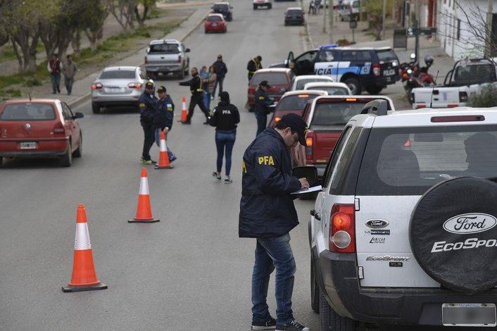 Uno de los operativos de la Policía Federal se cumplió sobre Rivadavia