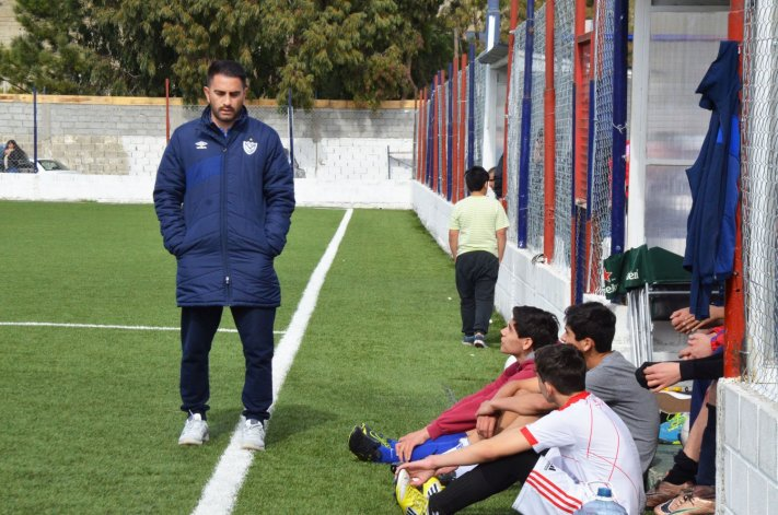 Vélez llegó a Comodoro para probar jugadores. Foto: Norberto Albornoz/ El Patagónico